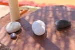 Mykonos tafeltje en strandbedden - strandvakantie Griekenland