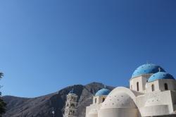 Koepeldaken op Santorini: ontworpen om aardbevingen te doorstaan.