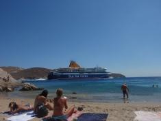 Met de Ferry van en naar Ios. Beleef een top-vakantie