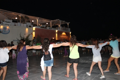 dansen op straat is traditie hier
