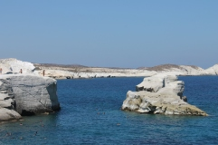plons er maar in - heerlijk duiekn vanaf excursie boot op Milos