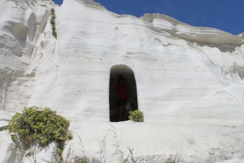 oude grotten Milos in puimsteen - zonvakantie cultuur natuur