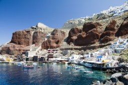 amoudi-bay-the-fishing-harbor-port-built-into-the-caldera-on-the-greek-cyclades-island-of-santorini-