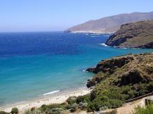 andros-coastline-lastminute cycladen