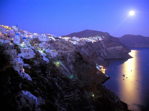 moonrise_over_santorini_greece_wallpaper-normal
