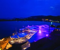mykonos uitgaansleven zonvakantie cavo paradiso