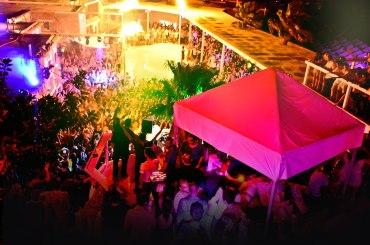 mykonos uitgaansleven zonvakantie paradise club