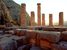 delphi-rondreis griekenland zon zee strand