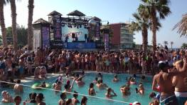 party chersonissos strand vakantie Kreta