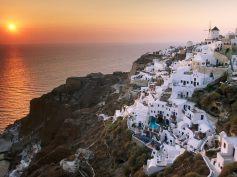 Zonsondergang winter Santorini vakantie