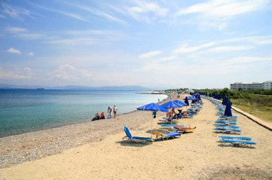 family-beach-in-psalidi-zonvakantie kos