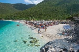 antisamos-beach-kefalonia-reisnaargriekenland