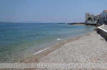 spetses strand kounoupitsa